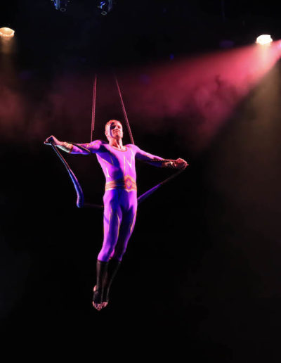 19_TCo_AerialPerformance5
